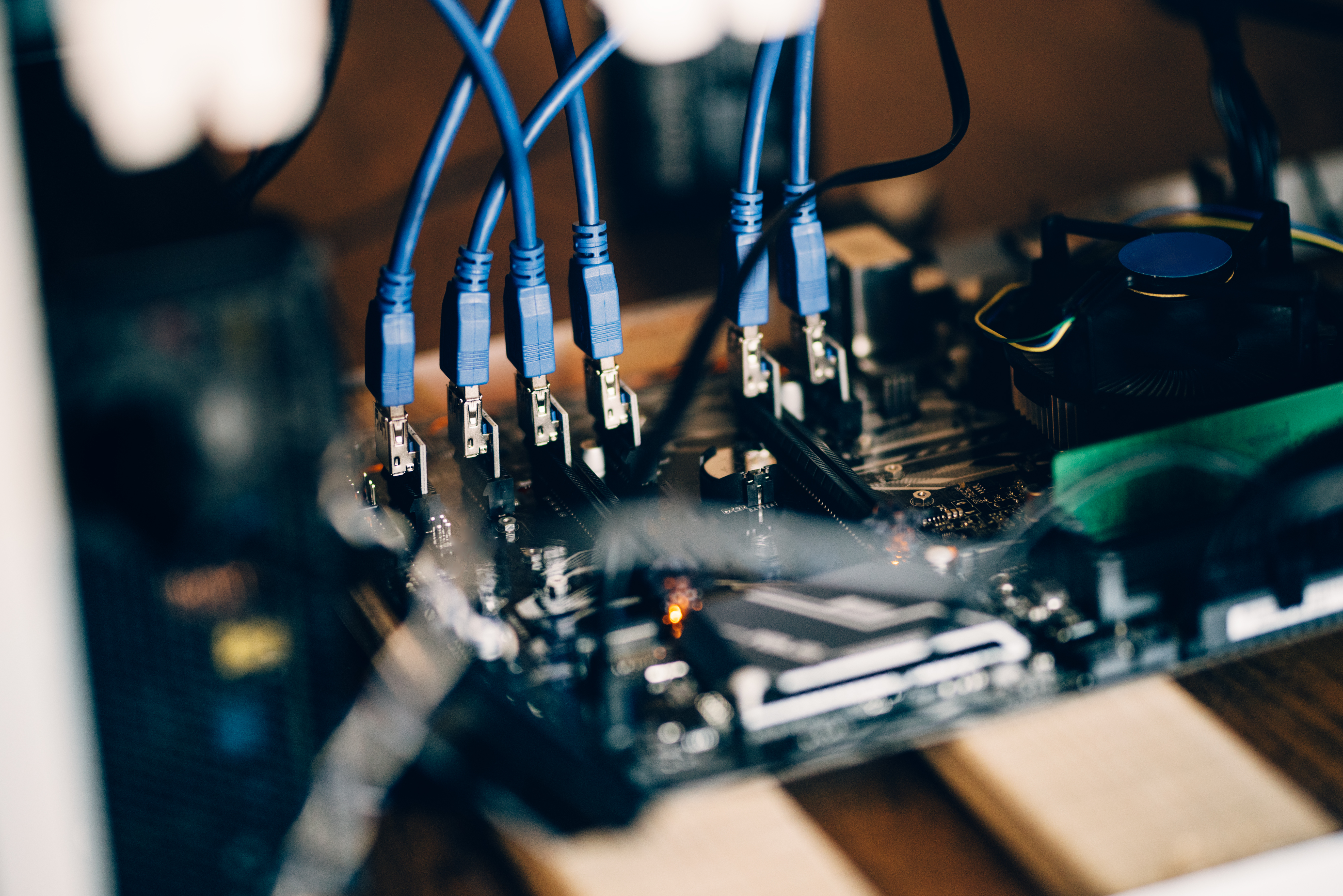 graphics-cards-mining-rig-details-of-motherboard-s-PH2Z39X.jpg